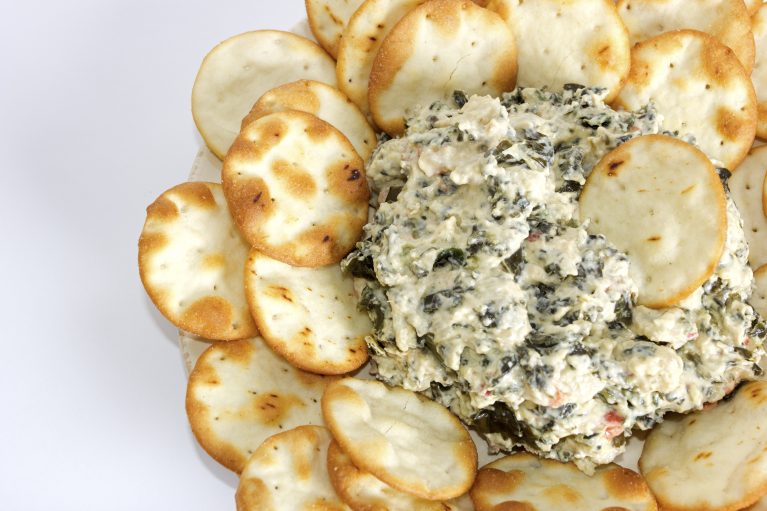 healthy light spinach dip low-calorie