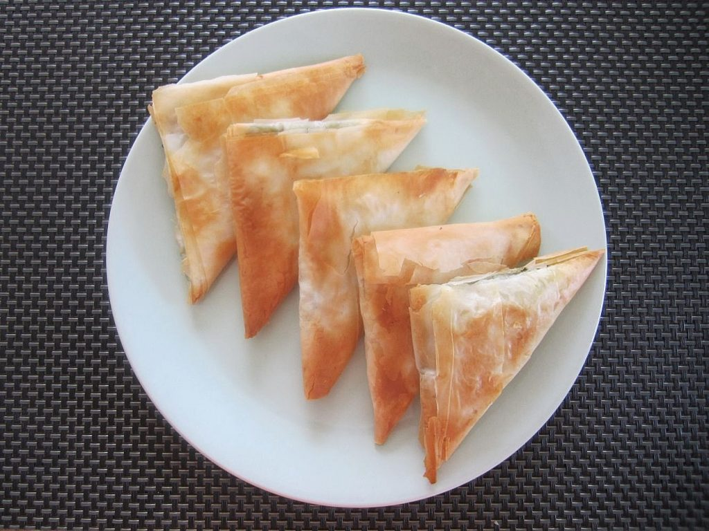 spinach cheese phyllo triangles