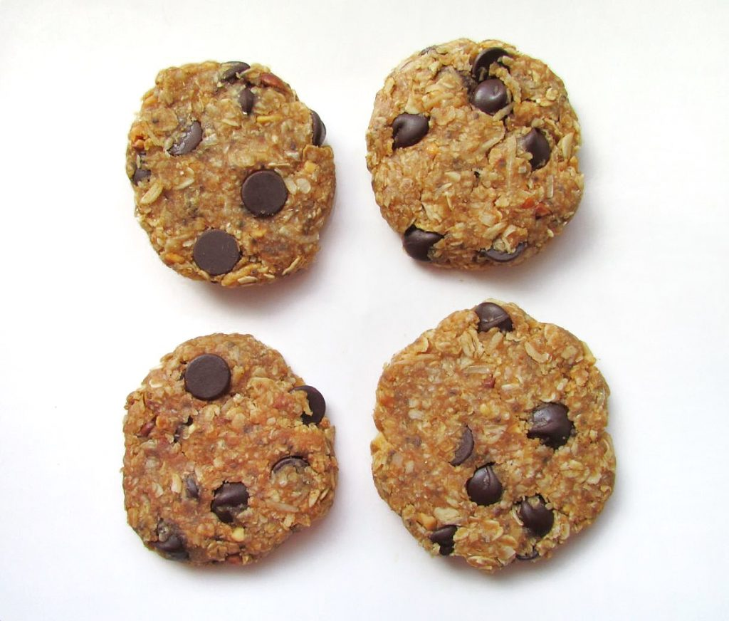 no-bake chocolate chip peanut butter protein cookies
